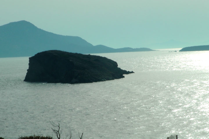 An archaeological site with a magnificent view_01_Sounio Cruise