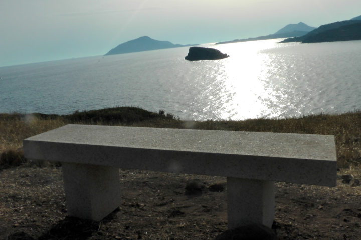 Seat back and think about how was it in ancient times_01_Sounio Cruise