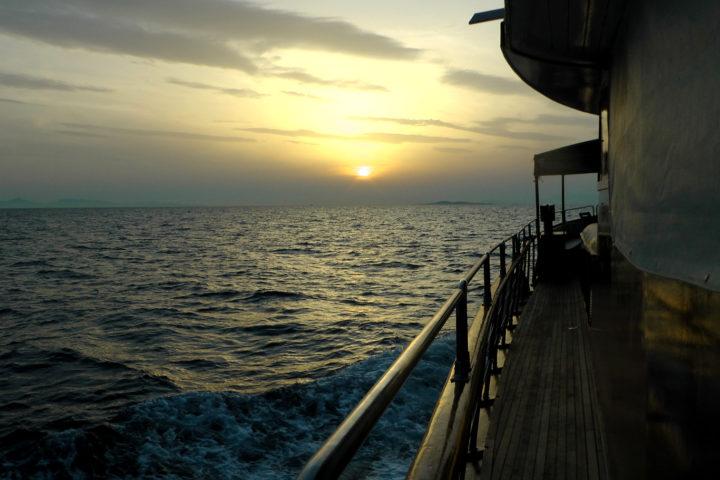 Sunset_03_Sounio Cruise